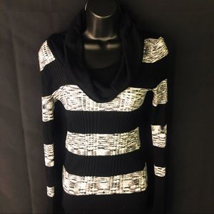 Pink republic black and white turtle neck sweater